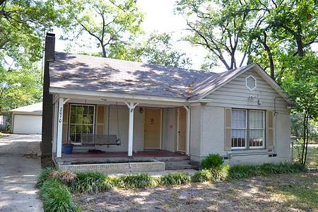 House For Lease 2010 Lakeland Drive Dallas TX 75218